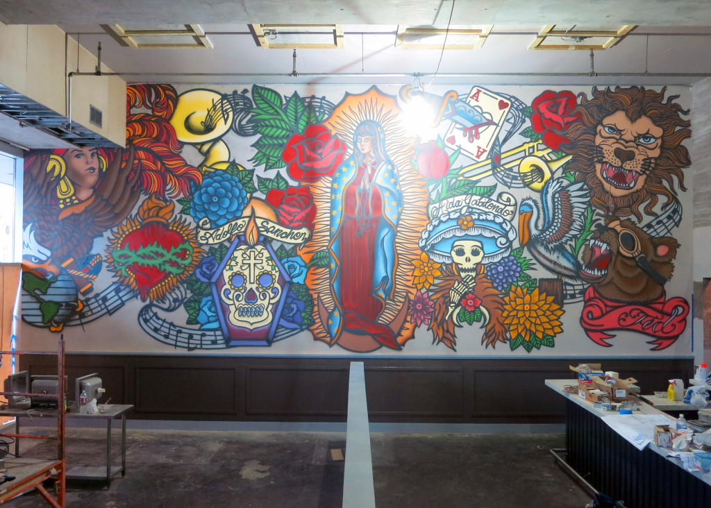 Celeb chef restaurant mural in new orleans graffiti usa for Celebrity mural