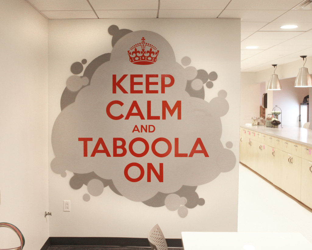 Keep Calm and Taboola On - Vinyl Art