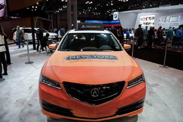 NY Acura Graffiti on Car