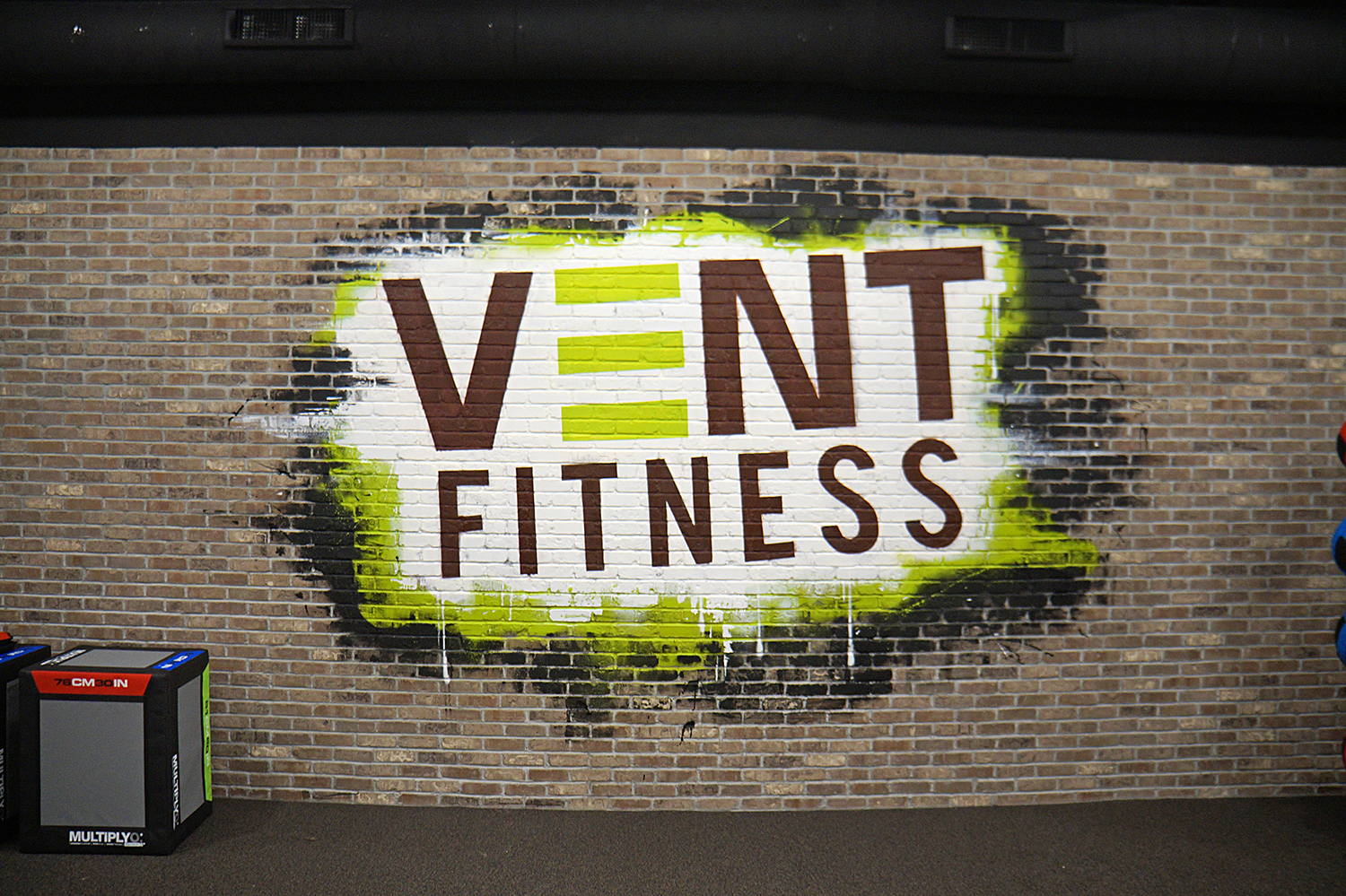 New York Gym Graffiti Mural Logo Art