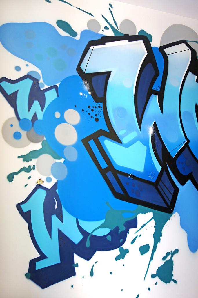 interior decorator graffiti