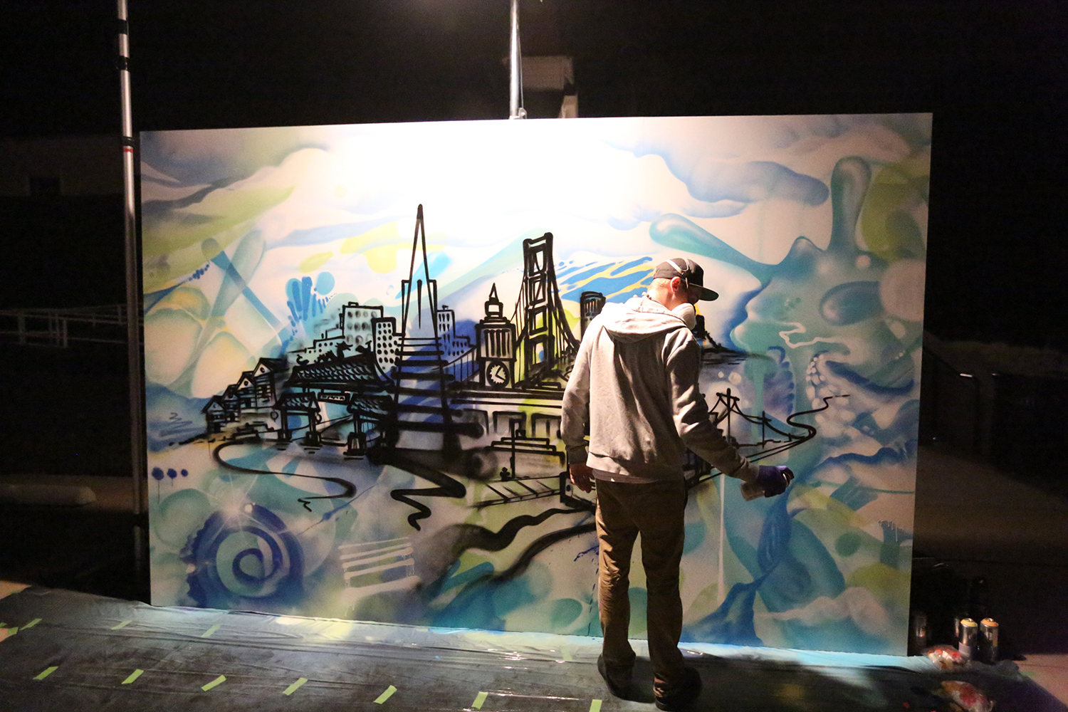 California graffiti artist does live art