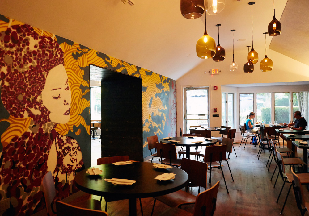 East hamptons ramen restaurant street art mural graffiti usa for Mural restaurant