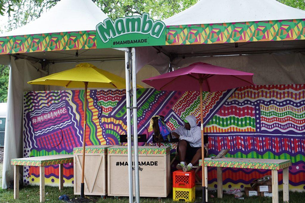 Live street art for Mamba