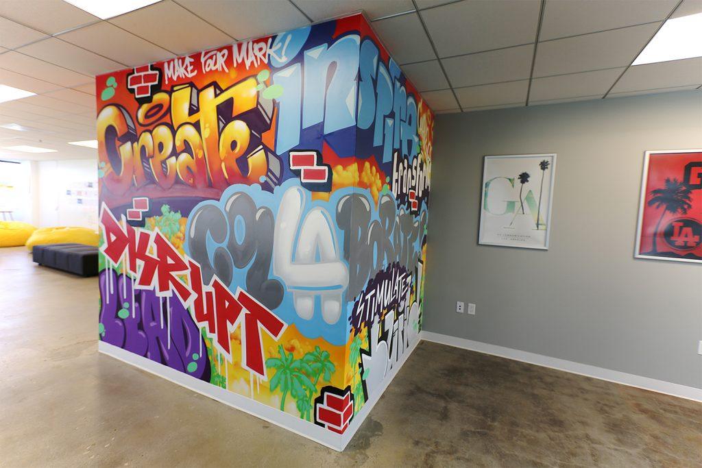 la graffiti mural artist