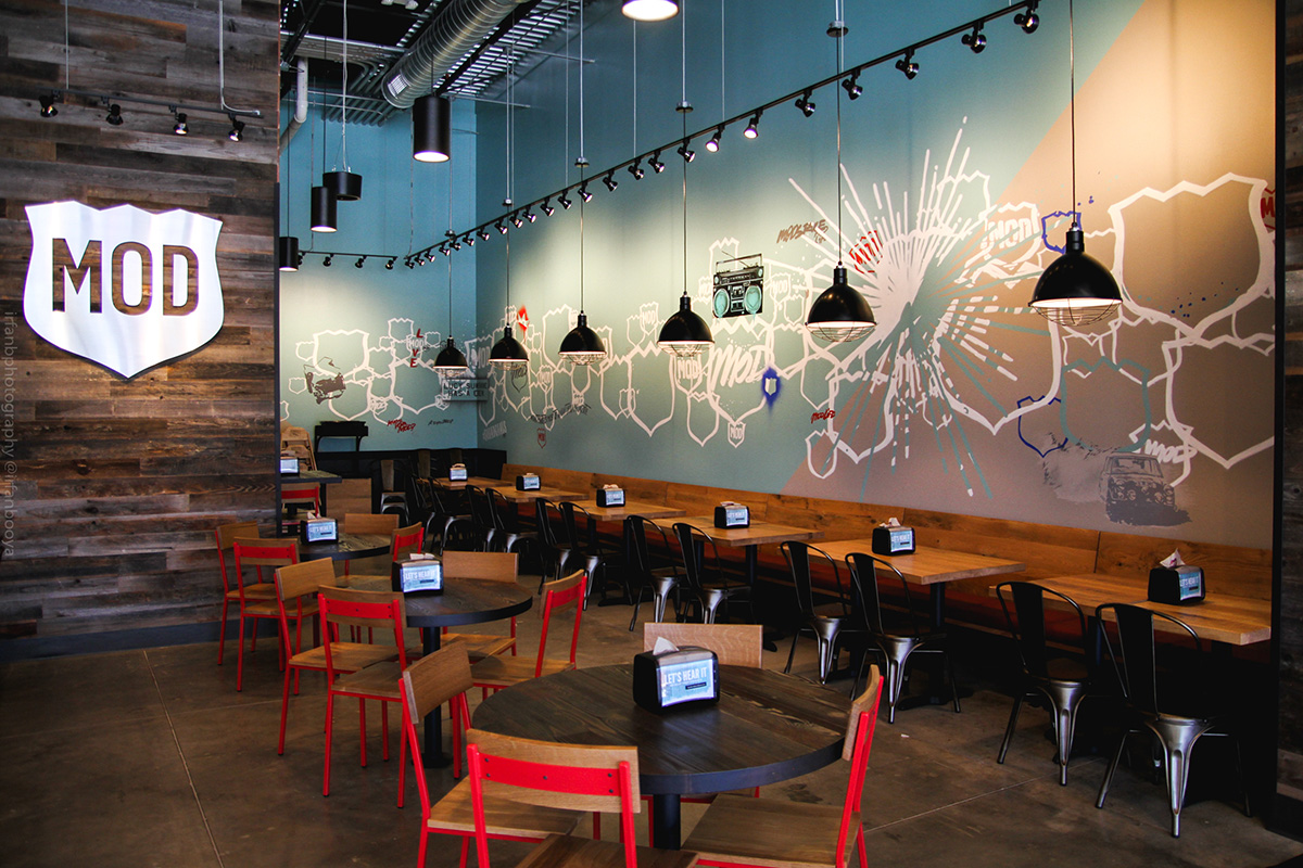 Houston texas mod pizza restaurant mural graffiti usa for Mural restaurant