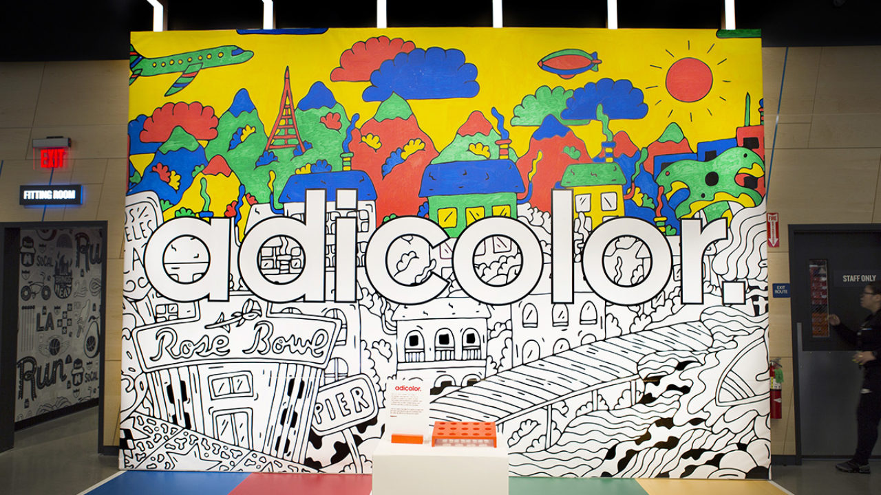 Lima patata Desafortunadamente  Interactive Graffiti - Coloring Live Murals for Adidas at Finish Line