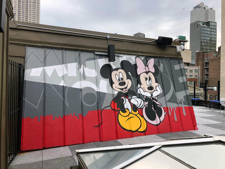 cartoon graffiti art mickey minnie mouse