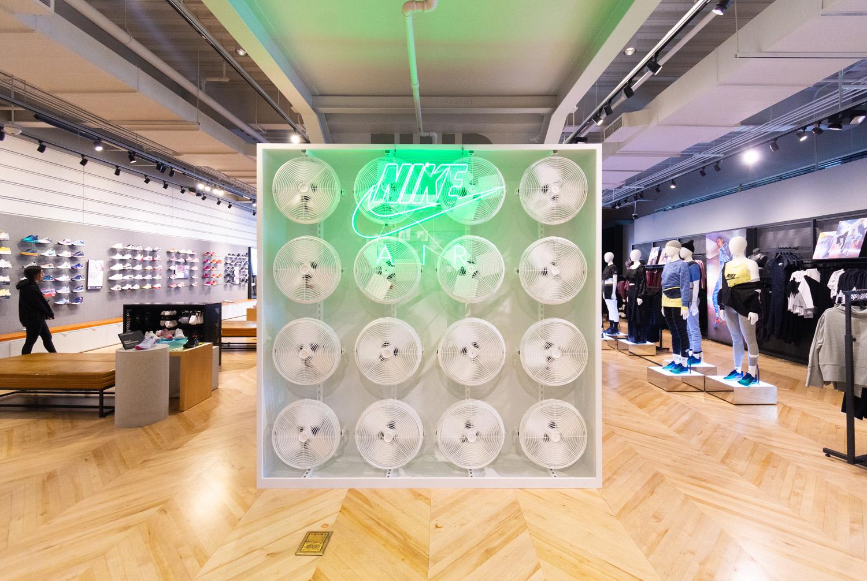 Custom Store Display for Nike in Los Angeles, CA