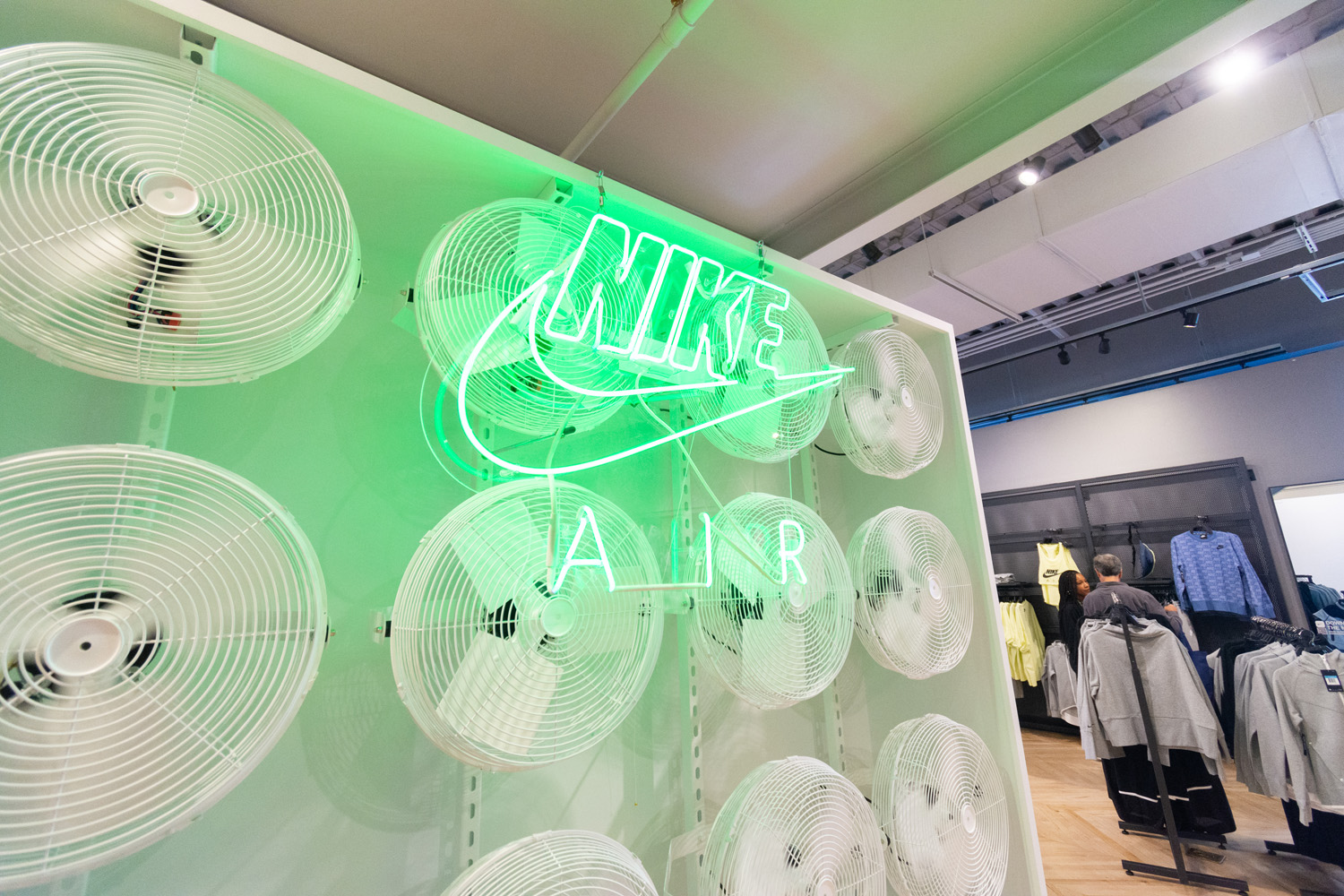 Nike Neon Sign - Fabrication