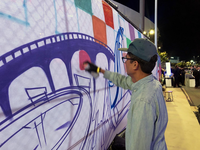 Local LA Graffiti Artist Painting