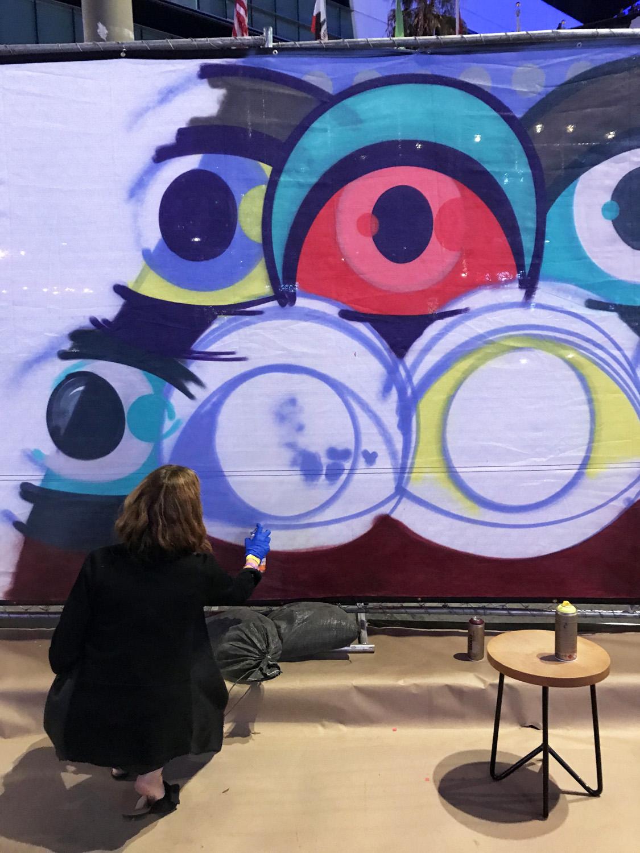 Interactive Guest Graffiti Participation